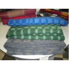 Одеяло С-9 клетка 140х205см полушерстяное 72% шерсть, 20% п/э, 8% пан, поверхностная плотность 440гр