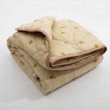Одеяло ЛАЙТ облег. 175*210 (см) (верблюжья шерсть, ПЭ) с густ. ст. в чем.